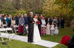 Kelowna wedding photographer Okanagan Photography.  www.okanaganphotography.ca #okanaganwedding #kelownawedding #okanaganphotography #destinationwedding