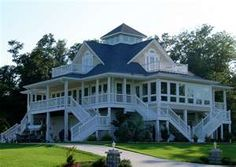 in the Deep South - A house is all about the size of your porch