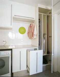 dog areas in apartments Small Laundry Rooms, Laundry Design, Bedroom Design, Bathroom Decor, Living Room Designs, Apartment Design, Cleaning Closet, Laundry In Bathroom, Home Appliances