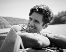 Tveit Lightnin' — Aaron Tveit - Belasco Theatre Sunday, May Celebrity Travel, Celebrity Dads, Pretty Men, Beautiful Men, Son Of Zeus, Marcus Butler, Aaron Tveit, Orson Welles, Calvin Harris