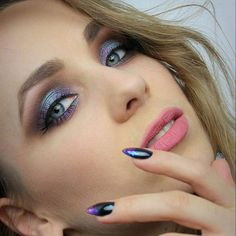 More on blog: https://pantherstyle.pl/glitter-make-up-inglot-lovely/ #city #radom #me #today #poland #polishgirl #polishwoman #lancome #ardelllashes #ardell #saturday #friday #makeup #makijaz #after #afterparty #wizaz #glitter #inglot #lovely #matt #mattlipstick #koboprofessional #kobo #happytime #happyme #kobieta #dziewczyna
