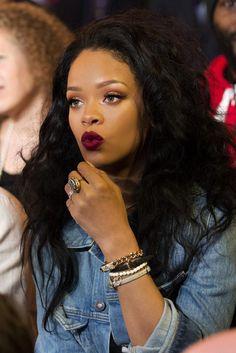 Rihanna is too beautiful