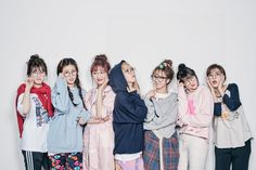 Somi (IOI), D.ana (Sonamoo), Sujeong (Lovelyz), Moonbyul (Mamamoo), Sohee (CIVA), YooA (Oh My Girl) and Seulgi (Red Velvet) - Album on Imgur