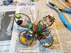 How to make a fun wire and bead butterfly magnet!