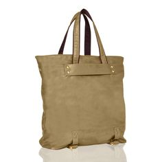 Does this look like a mom bag? A stylish mom, maybe.
