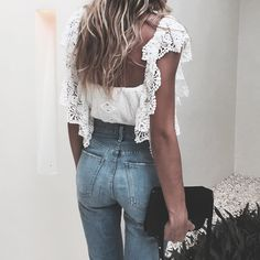 Love this white top and light wash jeans combination! So cute and a great outfit for summer!