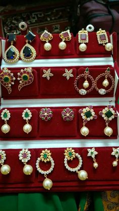 Gold Jewelry Buyers Near Me Gold Jhumka Earrings, Jewelry Design Earrings, Gold Earrings Designs, Pearl Jewelry, Gold Jewelry, Kids Gold Jewellery, Light Weight Gold Jewellery, Gold Jewellery Design, Rajputi Jewellery