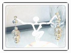Chandelier Style Earrings - Delightful Vintage Chandelier Style Silvertone Screwback Earrings E3448a-120413000
