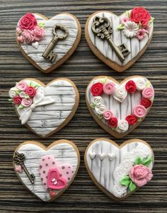Valentines Day - Cake by sansil (Silviya Mihailova) Fondant Cookies, Royal Icing Cookies, Cupcake Cookies, Sugar Cookies, Valentine Day Cupcakes, Valentines Day Treats, Heart Cookies, Fun Cookies, Decorated Cookies