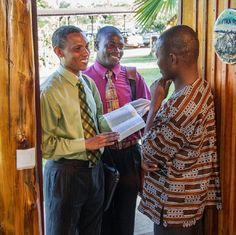 Por que muitas Testemunhas de Jeová servem como pioneiros?