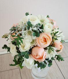 # Vress et Rose # Wedding # pink #smoky pink # bouquet #clutch bouquet # natural# Flower # Bridal # ブレスエットロゼ #ウエディング# ピンク #スモーキーピンク # ブーケ #カラーブーケ #バラ#アプリコットファンデーション#ラウンドブーケ # ナチュラル# 花 # ブライダル#結婚式