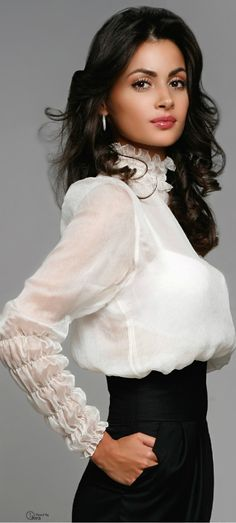 Gorgeous sheet blouse with lovely, detailed sleeves                                                                                                                                                                                 More
