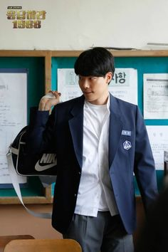 Answer Me 1994 meets Answer Me 1988 Ryu Joon Yeol, Lee Hyeri, Go Kyung Pyo, School Uniform Outfits, Bae, Jung Woo, Korean Entertainment, Flower Boys, First Girl