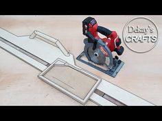 목공 원형톱 가이드 트랙 : 밀워키 M18 CCS66 7.5인치 원형톱 / Circular Saw Guide Track [woodworking] - YouTube Cabinet Making, Circular Saw, Diy Tools, Woodworking, Projects, How To Make, Homemade Tools, Log Projects, Blue Prints