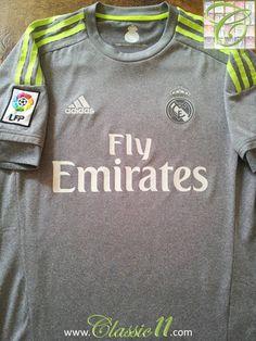 Relive Real Madrid's 2015/2016 La Liga season with this vintage Adidas away football shirt.
