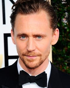 Tom Hiddleston attends the 74th Annual Golden Globe Awards at The Beverly Hilton Hotel on January 8, 2017 in Beverly Hills, California. Source: Torrilla. Enlarge image (UHQ): http://ww4.sinaimg.cn/large/6e14d388ly1fbtpqb7i3oj21mc2fih0z.jpg