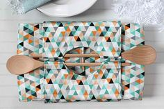 Convenient Casserole Carrier | Sewn Kitchen Accessories For A Festive Yet Functional Holiday