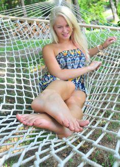 Feet In Uni Hot Teen 67