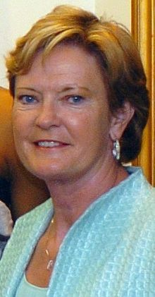 Sport(s) Women's college basketball  emeritus  Team Tennessee  Biographical details  Born June 14, 1952 (age 59)  Clarksville, Tennessee  Coaching career (HC unless noted)  1974-2012 Tennessee  Head coaching record  Overall 1098–208 (.841)  Accomplishments and honors  Championships  8 NCAA Division I Women's Basketball Championships (1987,1989,1991,1996,1997,1998,2007,2008)  16-time SEC Champions  (1980, 1985, 1990, 1993, 1994, 1995, 1998, 1999, 2000, 200