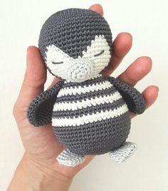 Amigurumi crochet instructions Penguin Pitschu by AmalouDesigns