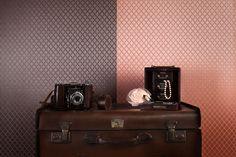 Wallpaper Treasures Brown Pink-Orange / Behang Treasures Bruin Roze-Oranje - BN Wallcoverings