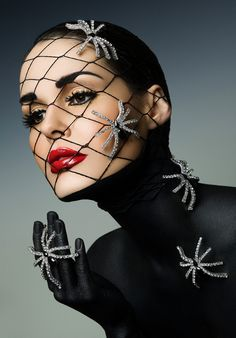 SHE LOVES FASHION: Beauty  the Spiders