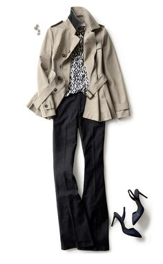 Discover the perfect crop trench to stylishly take you everywhere this season | Banana Republic