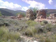 Restos de la antigua fundición de plomo de  Presido de Andarax. En su época era una de las mas productivas de Sierra de Gádor.
