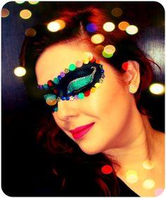 Make de máscara de carnaval