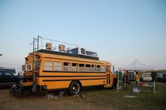 What happens to all those retired school buses? School Bus Tiny House, School Bus Camper, Old School Bus, Converted School Bus, Vw Camper, Bus Remodel, Bus Living, Tiny Living, Short Bus