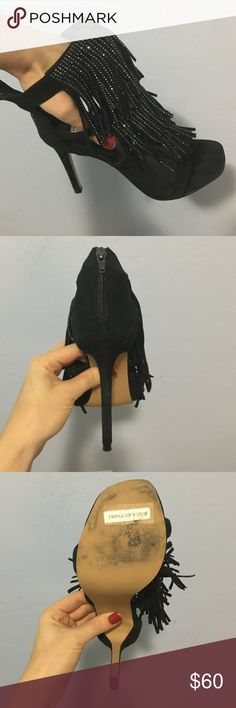 SteveMadden Fringlyr Embellished heels 7,5 USED Brand: Steve Madden. Model: Fringlyr. Style: embellished with rhinestones fringe sandals. Material: suede. Color: black. Heel: 4 1/4 inches. Size: 7,5. Worn once for R Kelly concer, in an excellent condition. Absolute eye-catcher 🚫Price is firm, no trades🚫 Steve Madden Shoes Sandals