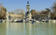 Parque del buen retiro in Madrid - Spain Business Card Mock Up, Madrid, Park City, Great Places, Spain, To Go, Europe, Stock Photos, Gallery