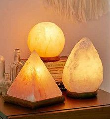 1000+ images about Beautiful cleansing Salt Lamps on Pinterest Himalayan salt lamp, Himalayan ...