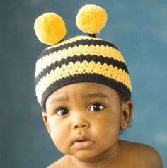 Bee Hat - how cute!my baby! Baby Knitting, Crochet Baby, Bee Hat, Wooly Hats, Kool Kids, Cute Bee, Animal Fashion, Black Kids, Mellow Yellow