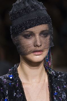 Armani Privé at Couture Fall 2017 - Details Runway Photos