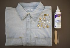 In case you weren't able to join us last week at Madewell's anniversary event, we're giving you the breakdown on just one of the many ways we embellished our favorite chambray shirtsthat evening. So grab a handful of sparkle and let's get gilding!