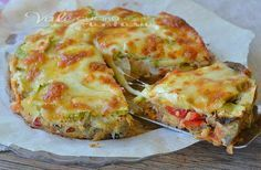 Pie with vegetables and mozzarella / Torta di verdure e mozzarella Vegetable Recipes, Vegetarian Recipes, Cooking Recipes, Antipasto, Frittata, Cooking Time, Italian Recipes, Love Food, Food Porn
