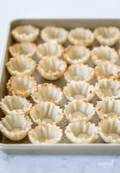 Mini Blueberry Cheesecakes made with Phyllo Cups #mini #blueberry #cheesecake #phyllo #dessert #bitesized #recipe Mini Blueberry Tarts, Blueberry Sauce, Blueberry Cheesecake, Phyllo Recipes, Cooking Recipes, Mini Fruit Pies, Phyllo Cups, Merry Berry, Pastry Shells