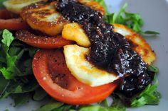 haloumi salad with caramelised onion dressing #glutenfree