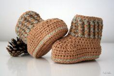 Ongeverfde biokatoen baby laarsjes schoenen laarzen door larbotriki