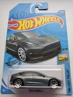 Hot Wheels Case, Mark Thomas, Arc Reactor, Cool Gadgets To Buy, Paper Crafts For Kids, Diecast Models, Toys Shop, Monster Trucks, Bike