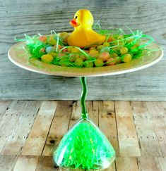 How to make a pedestal stand and an easy Spring or Easter  Centerpiece