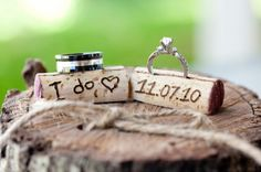 Wine corks are the perfect photo prop with wedding rings! #wedding