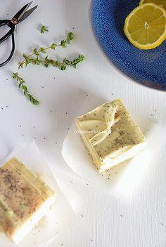 Quadrados de Limão e Tomilho com Cobertura de Chocolate Branco