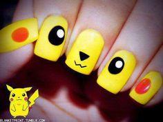"""Manucure Pikachu Par """"Natoo"""" à la base """"Youtubeuse"""""""