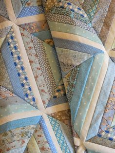 Sea Glass string quilt. Love the colors.