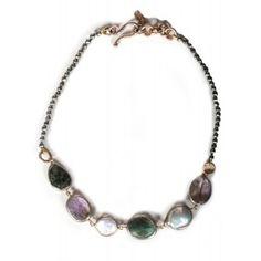 Collar de piritas, perlas, cuarzo rutilado y plata www.sanci.es