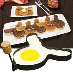 PANCAKE RING - MOOSE  Product # AP3039 $7.98 CAD - Have some fun with your food!  This non-stick ring lets you create Moose-shaped eggs, pancakes, omelets, even cookies!  Feature stay cool wooden handle that folds flat for easy storage.