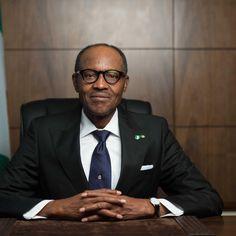 NIGERIA: BUHARI VINCE LE ELEZIONI Nel momento in cui è stato ufficializzato l'esito delle elezioni, il presidente uscente Goodluck Jonathan ha riconosciuto la propria sconfitta, diventando così il primo presidente nigeriano ad accettare democraticamente una sconfitta e a consentire un passaggio di consegne del tutto pacifico.  Leggi l'articolo su http://nuceraluca95.wix.com/lefrondedeisalici#!nigeria-buhari-vince/c107a