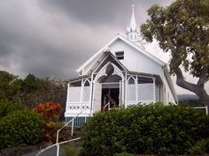 painted church Hawaii